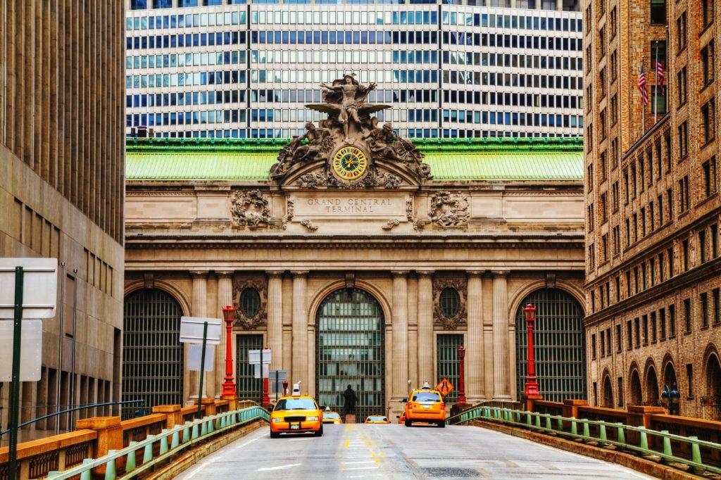 Vaduc Grand Central Terminal i stare wejście w Nowym Jorku